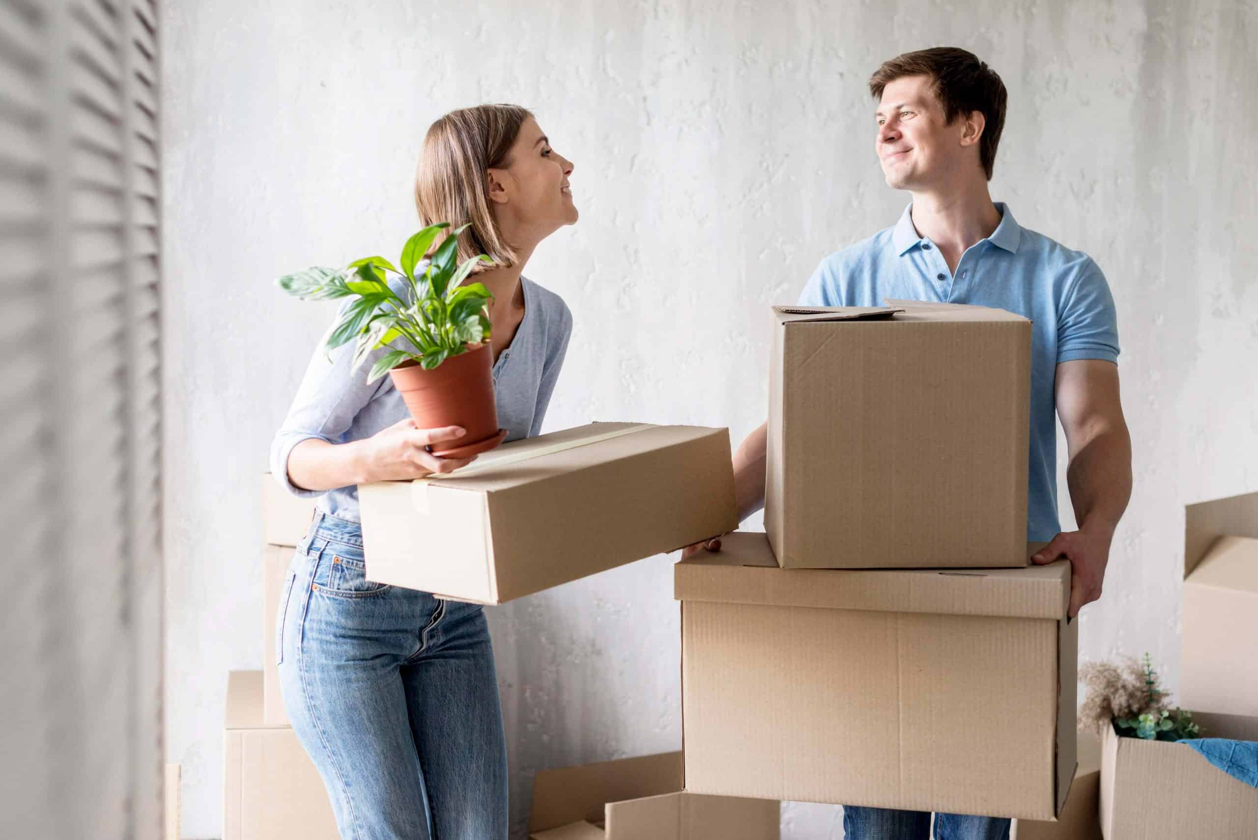 couple move in to house